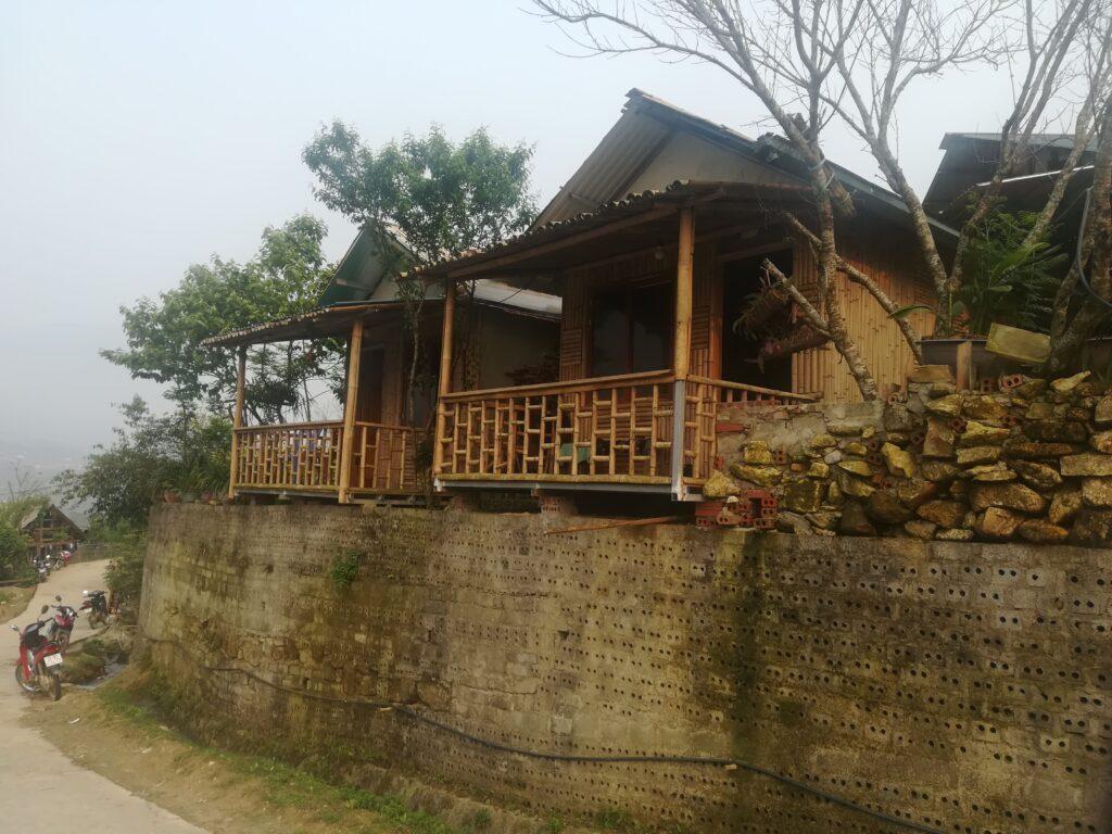 Hmong-family-Sapa-outdoorpassion1.jpg