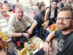 Streetfood-Hanoi-Outdoorpassion-1.jpeg